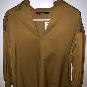 NWT Zara Blouse Medium
